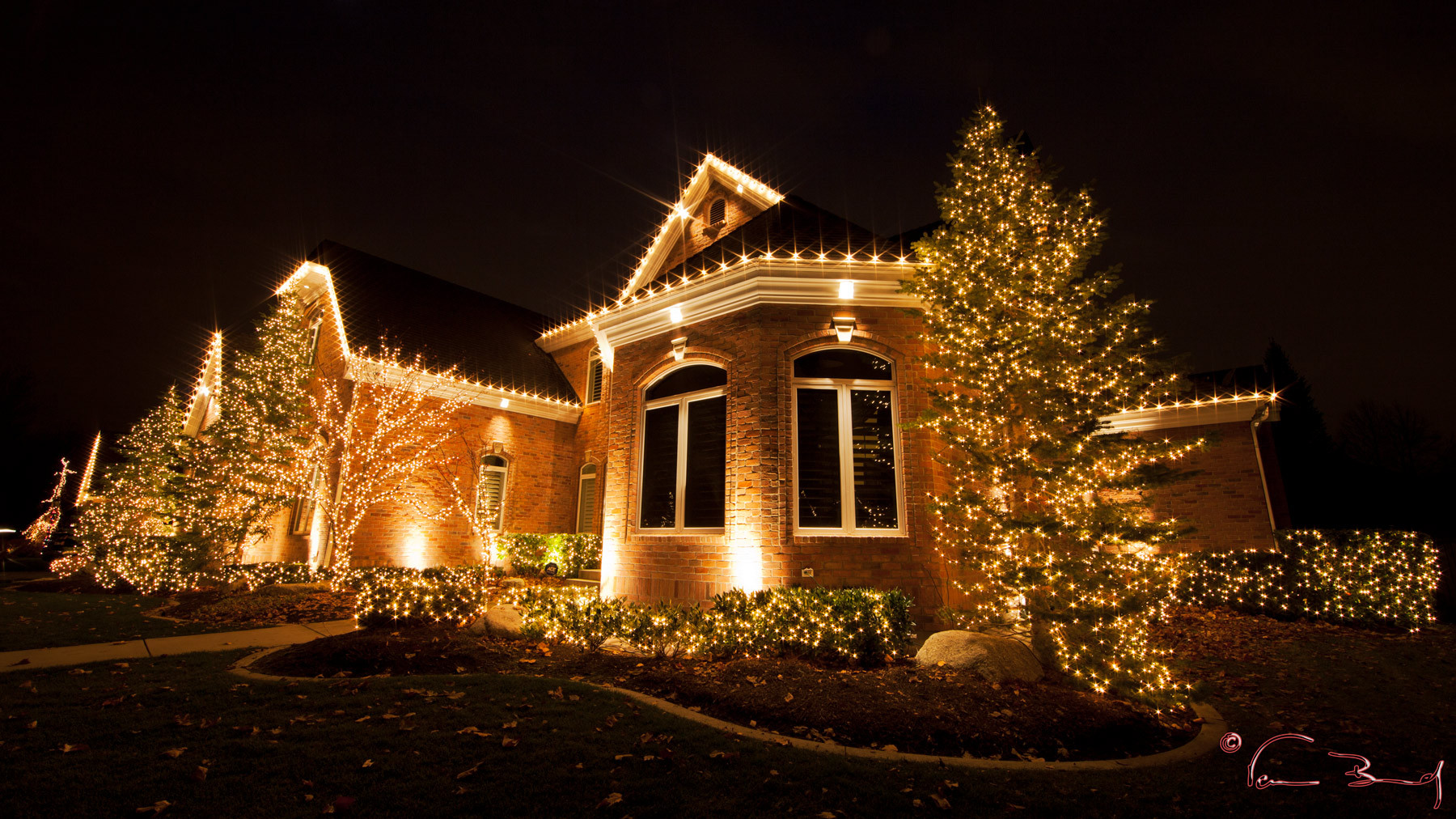 Christmas Lights in Shreveport Bossier | Geaux Cuts Landscaping